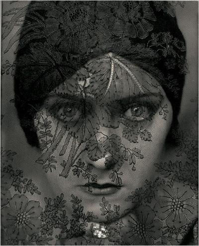 http://buy-books.ru/img_cache/img002/edward-steichen-gloria-swanson.jpg
