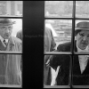 WEST GERMANY. Hanover. 1965. People looking through the window of Herrenhausen Palace. - Леонард Фрид (Leonard Freed)