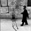 The star of David and swastikas sprayed on the walls of Jerusalem.1972 - Леонард Фрид (Leonard Freed)