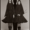 Carmen Kass and Audrey Marnay in the Hussein Chalayn Fall 1998 collection, New York, May 1998 - Ричард Аведон (Richard Avedon)